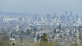 A beautiful long distance shot of the city of Vancouver on the west coast of Canada.